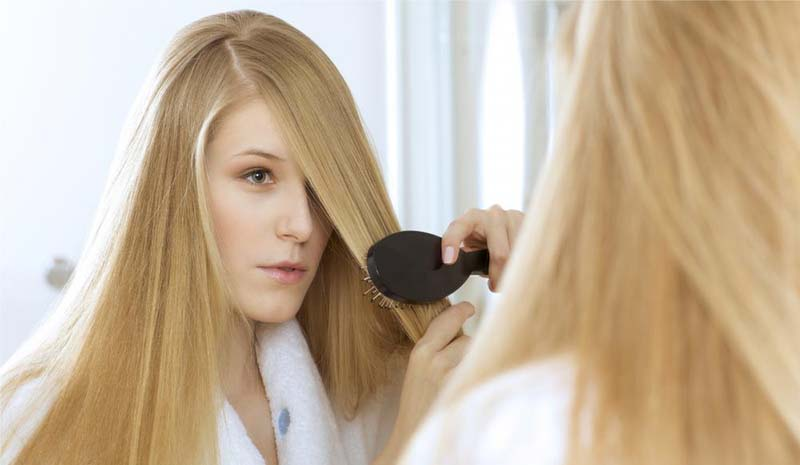 How thyroid gland affects your hair